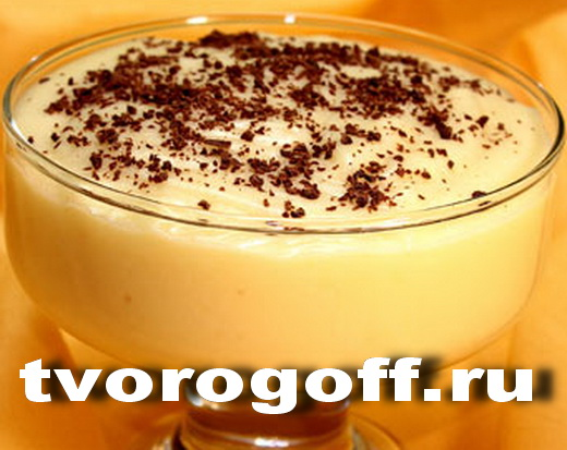 Напиток из молока кремовый, дома с миндалем горьким