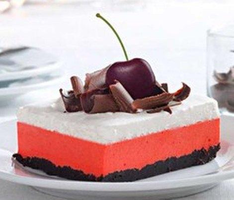 Десерт «Вишнево-шоколадный» с творогом