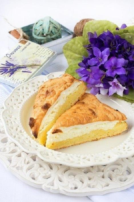 Творожный пирог масляный, белок яичный, творог