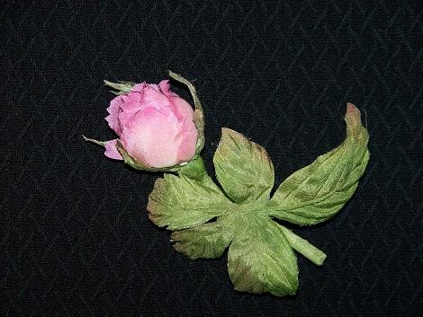Бутончик розы 3