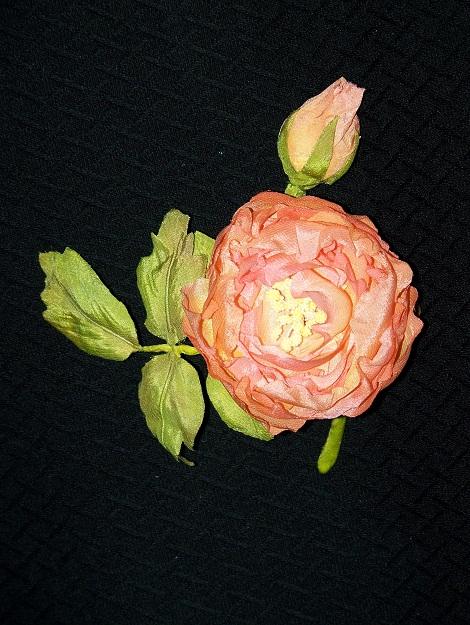 Роза с бутончиком 3